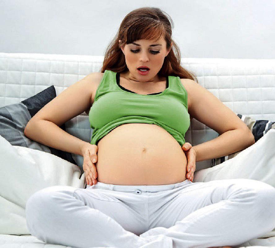 Что происходит с девушкой когда она беременна 981